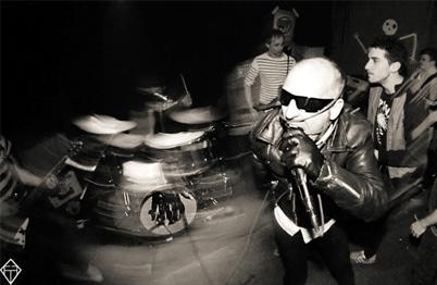 Pelvis Douglas + La Flingue en concert