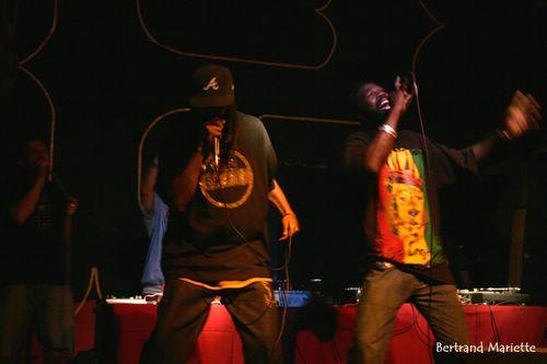 Dj Nash Sweetfingers + Kousi + Artikal Crew + Maka Jah Shouga  en concert