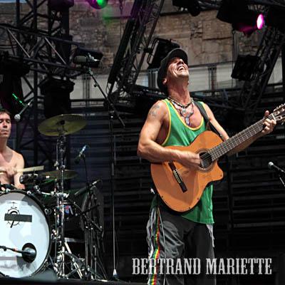 Manu Chao (Festival de Nîmes 2012) en concert