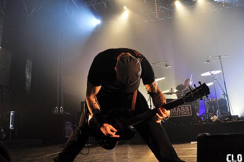Mass Hysteria + Headcharger en concert