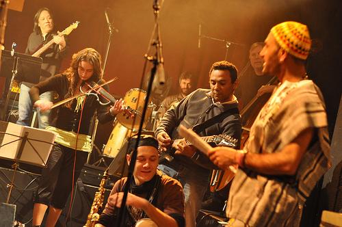 Interview d'Ahmad Compaoré à l'occasion de Musique Rebelle - Round 9 en concert
