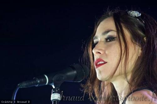 Olivia Ruiz + Vincha en concert