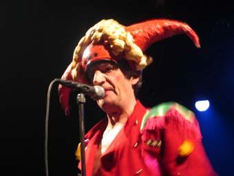Raoul Petite + les Wriggles (Festival Avec Le Temps 2004) en concert