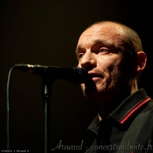 Gaetan Roussel + The Host en concert