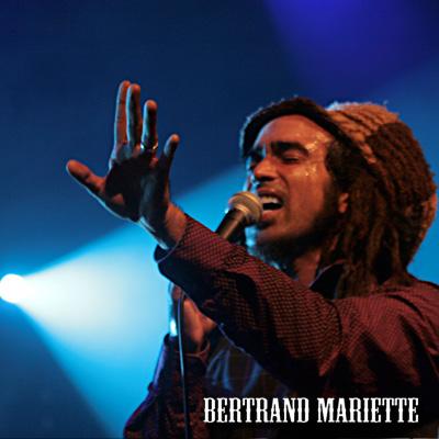 Sebastian Sturm + Groundation en concert