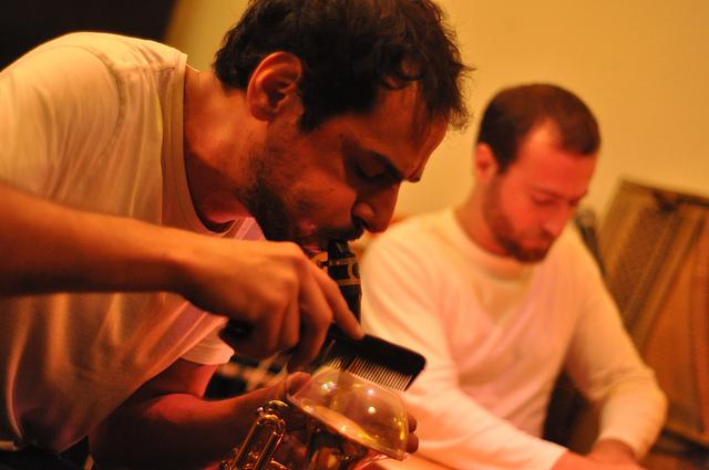 Festival Chhhhhut : Sharif Sehnaoui & Mazen Kerbaj en concert
