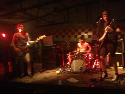 Festival Phocea Rocks : Thee Atom Brain + Mick Wigfall  en concert