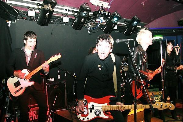 The Cute Lepers + The Dolipranes en concert