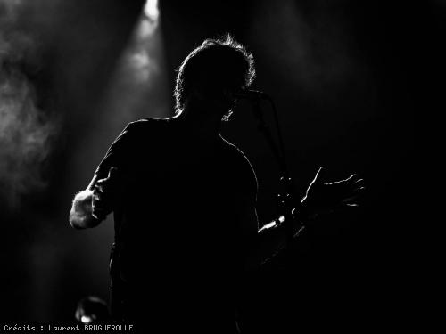 Appel au rassemblement avant un concert, Lavilliers le défend — Bertrand Cantat