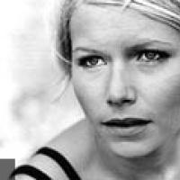 Nina Persson en concert