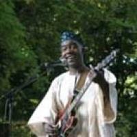 Bebbey Prince Bissongo en concert