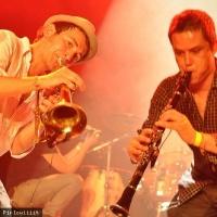 La Cumbia Chicharra en concert