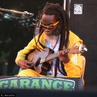 Earl Chinna Smith en concert