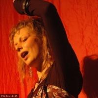 Emilie Lesbros en concert