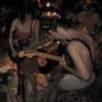 Headwar en concert