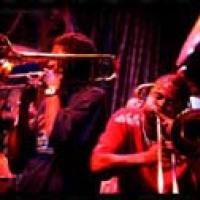 Hot 8 Brass Band en concert