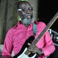 Jamaaladeen Tacuma en concert