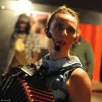 Miss Paillette en concert