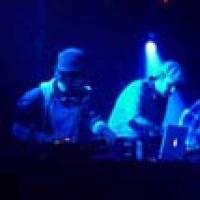 No Fakin DJs en concert