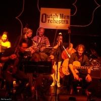 Outch Men Orchestra en concert