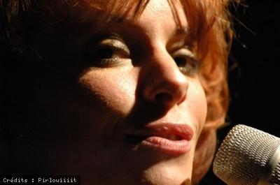 1 - Emily Loizeau -Pirlouiiiit