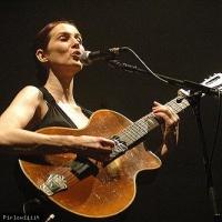 Claire Diterzi en concert