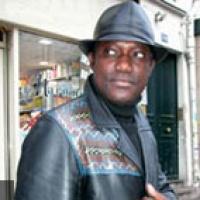 Idrissa Diop en concert