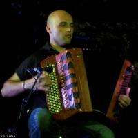 Lionel Suarez en concert