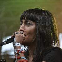 Hindi Zahra  en concert